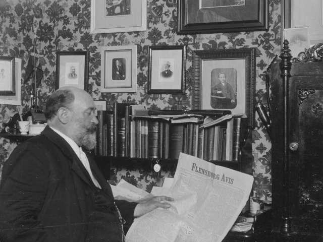 Gustav Johannsen læser i Flensborg Avis