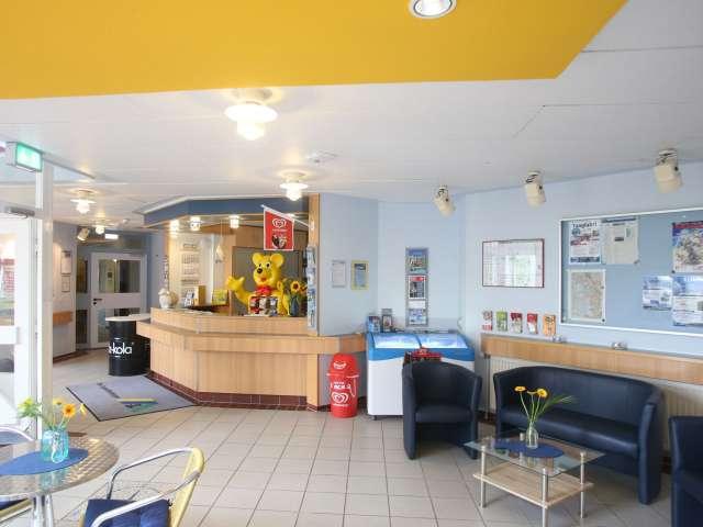 Indgang og lobby på vandrehjemmet i Husum