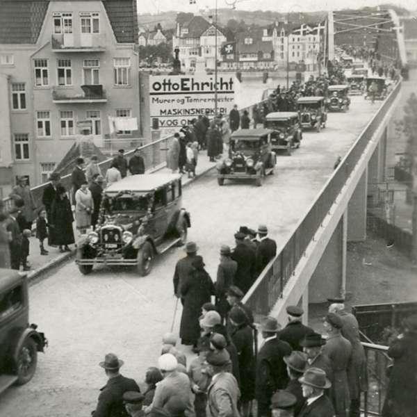 Indvielsen af Christian X bro i Sønderborg i 1930