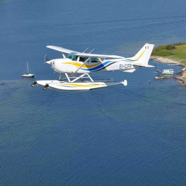 Luftbillede af Fly & Sails vandfly mellem Okseøerne i Flensborg Fjord
