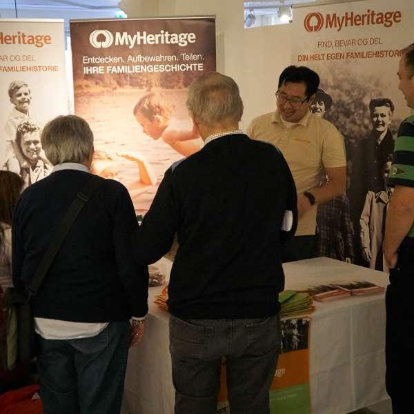 Slægtsforskere mødes på Slægtsforskerdagen på Dansk Centralbibliotek for Sydslesvig i Flensborg