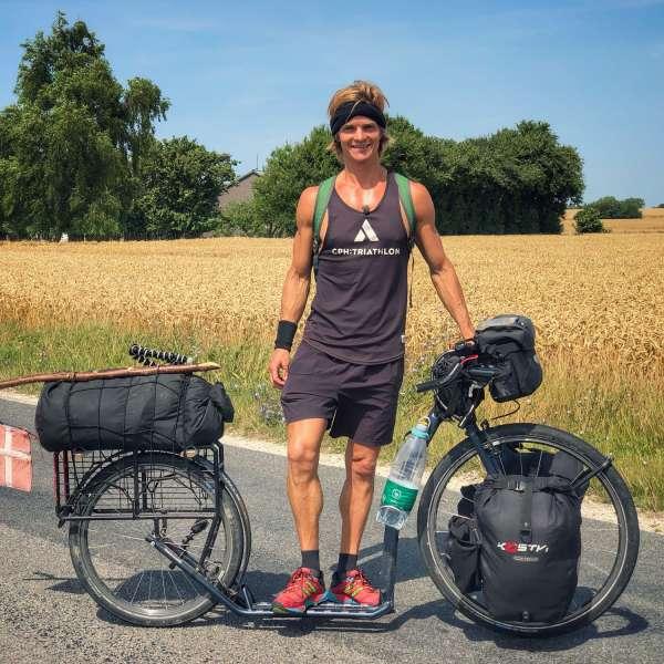 Nicolai Bangsgaard med sit løbehjul