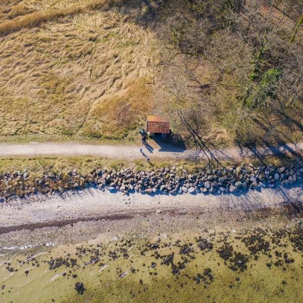 Stien ved vandet ved Udmarkhav set fra luften