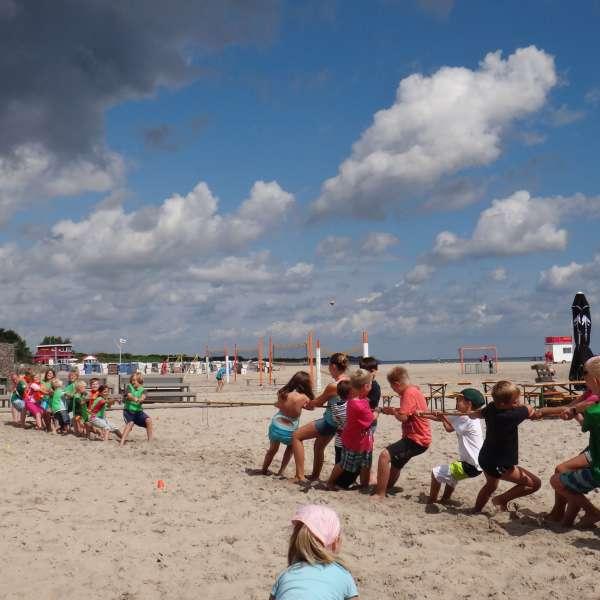Børneanimationsprogram på stranden på Ostsee Resort Damp