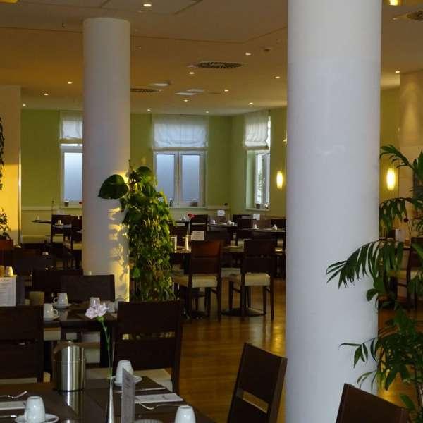 En af restauranterne på Dorfhotel Sylt i Rantum på Sild set infefra