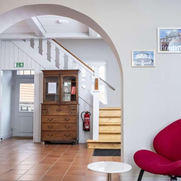 Entré og fællesarealer på lejrskolen Skipperhuset i Tønning
