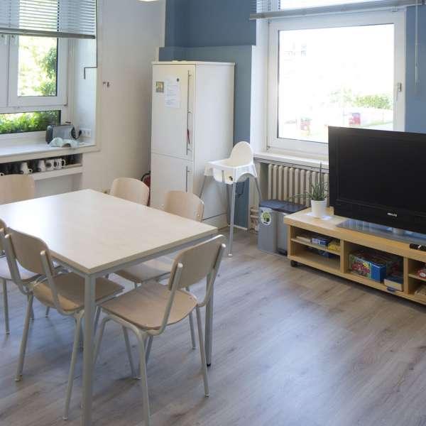 Fælleskøkken på Flensbed Hostel and Boardinghouse i Flensborg