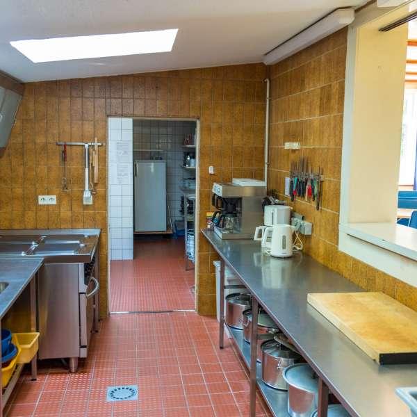Fælleskøkkenet på Trenehytten i Tarp