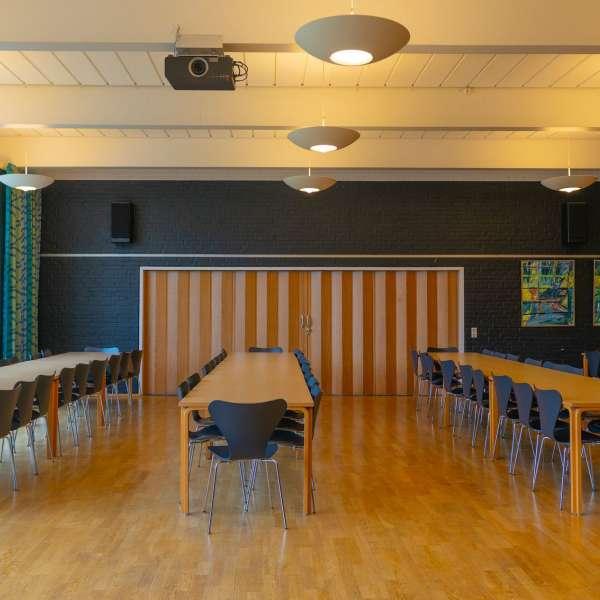 Foredragsrum på lejrskole- og kursuscentret Christianslyst ved Sønderbrarup