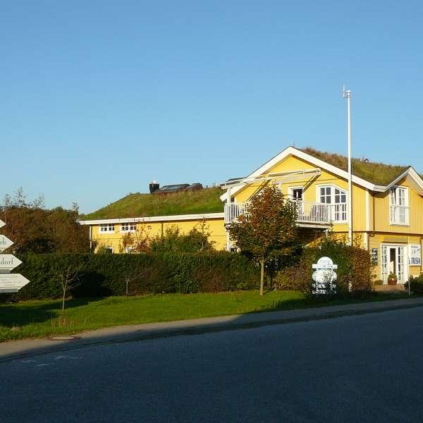 Hovedbygningen og receptionen på campingpladsen meerGrün Campingpark Olsdorf i Sankt Peter-Ording