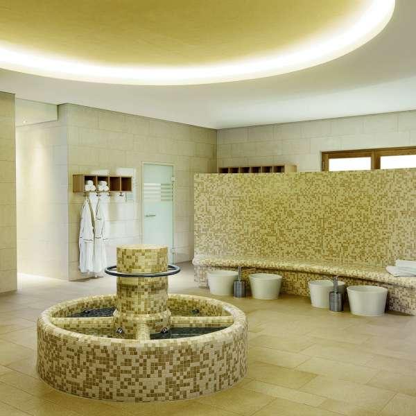 Kneippbad i wellness-afdelingen på ferieresorten A-ROSA Sylt på Sild
