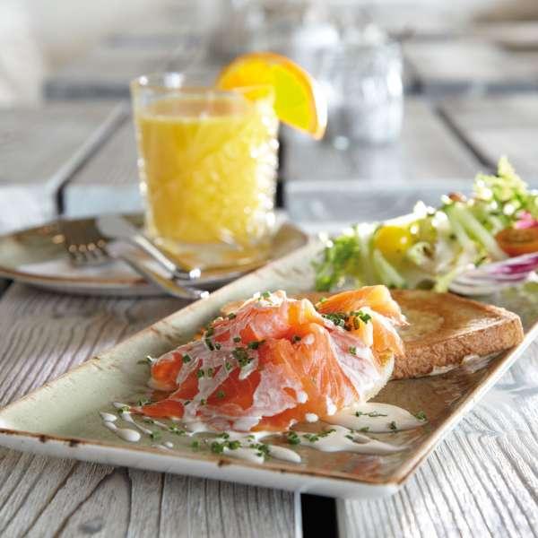 Lækker frokost på Beach Motel - Hotel i St. Peter-Ording