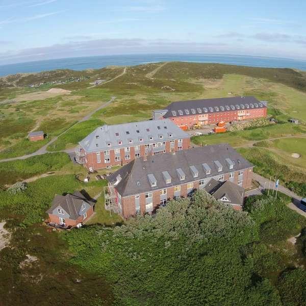 Luftbillede af vandrehjemmet i Hørnum på Sild