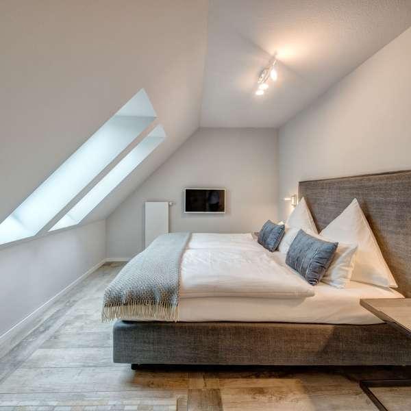 Soverum på en af suiterne på Hotel Hafen Flensburg i Flensborg