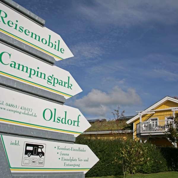 Informationsskilt på campingpladsen meerGrün Campingpark Olsdorf i Sankt Peter-Ording