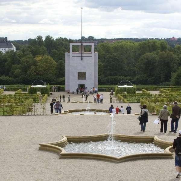 Barokhaven med globushuset og Gottorp Slot i Slesvig i baggrunden