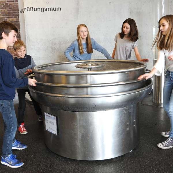 Overraskelser ved coriolisbrønden i Phänomenta i Flensborg