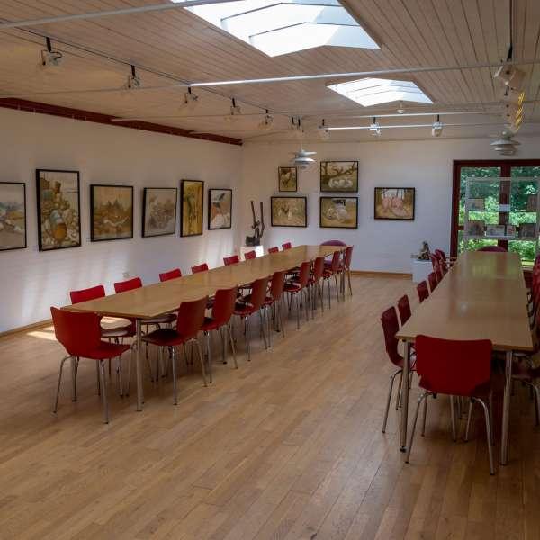 Forsamlingslokalet på Mikkelberg - Nordisk center for kunst og cricket i Hatsted