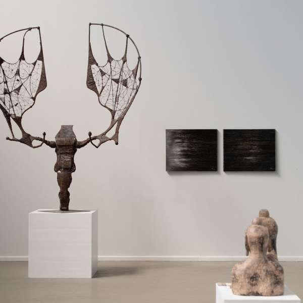 Forskellige skulpturer og andre værker på kunstudstillingen NordArt i Bydelstorp
