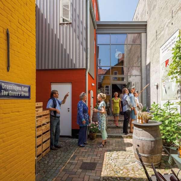 En af de historiske købmandsgårde på Braasch Rum Manufaktur Museum på Røde Gade i Flensborg