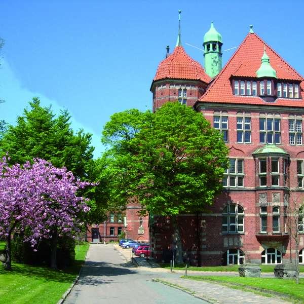 Hovedbygningen på Museumsberg i Flensborg