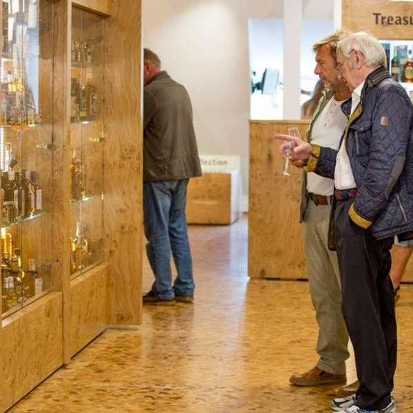 Udstillingen på Whisky-museet i Holtbunge ved Rendsborg