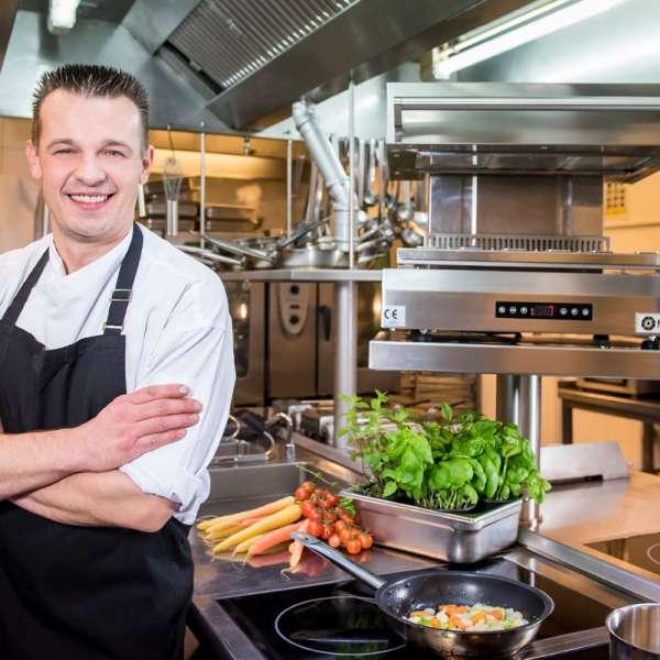 André Schneider er køkkenchefen på restaurant Felix på Strandhotel Glücksburg ved Flensborg