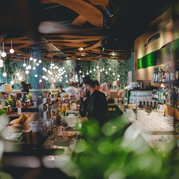 Baren på Peter Pane Burgergrill & Bar i Flensborg